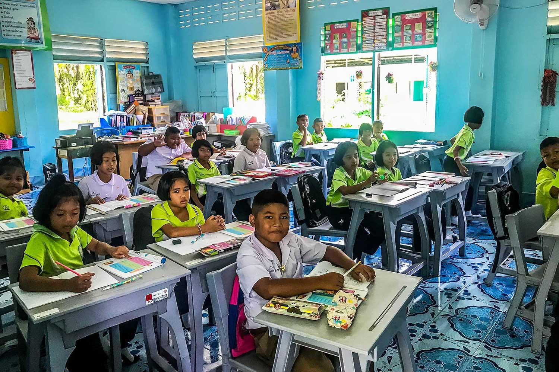 Khao Sok safari - school visit